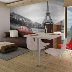 Fototapete - Der Eiffelturm und ein kleiner, roter Wagen